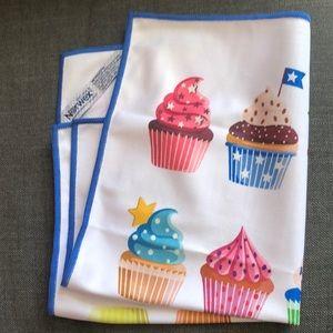 Norwex Limited print Cupcake Window Cloth